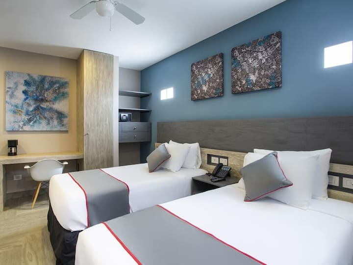 SUITE DOBLE INDIVIDUAL 2 PAX, BHF ATRACTION 6AV