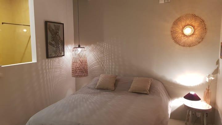 Chambre cosy, design, entrée indépendante