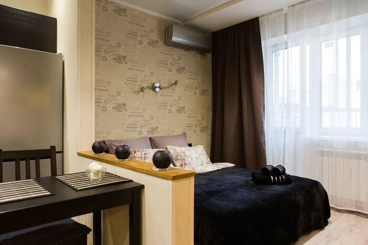 Апартаменты на улице Дмитрия Михайлова, 4 (11эт)