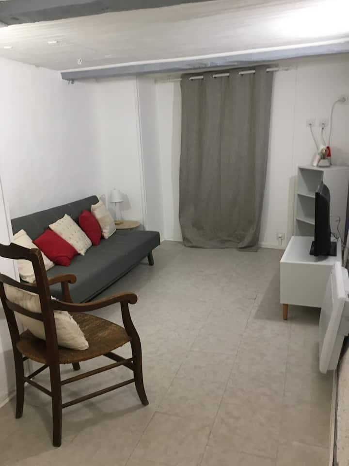 Appartement calme et agréable en centre ville.