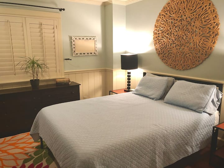 1mi to beach2! Newly furnished lrg private bedroom