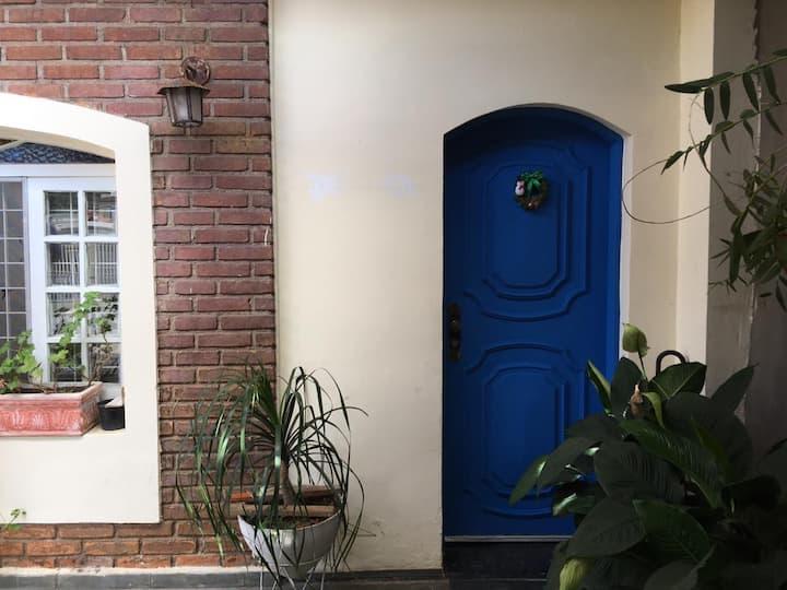 Ar puro e comodidade urbana Casa Centro Mairiporã
