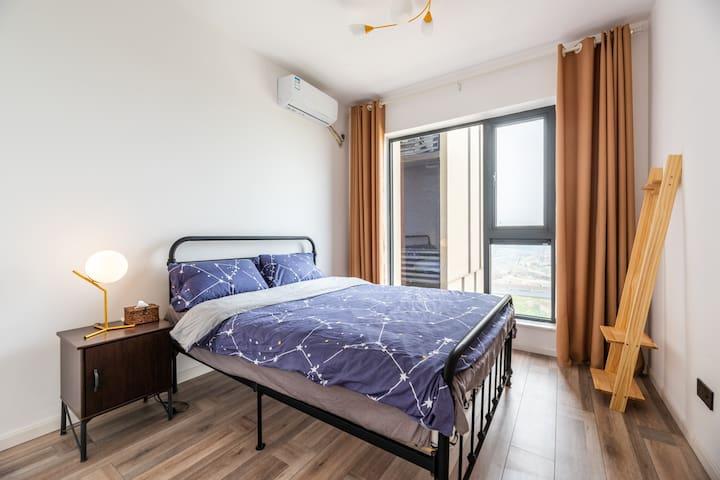 1.8米双人床