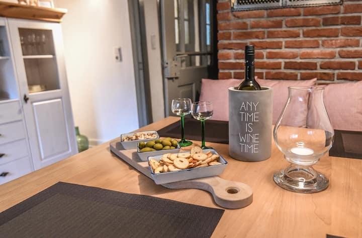 Ferienhaus 2020 liebevoll komplett neu renoviert!