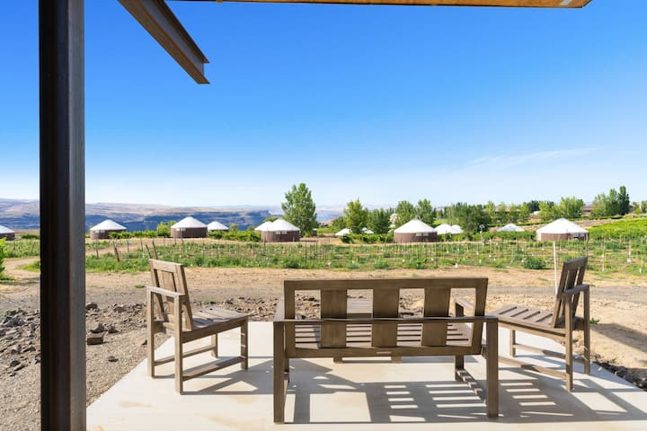 Desert Sage at Cave B Ridge - Views, Wine & Relax