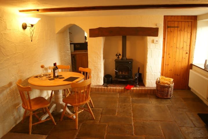 Cosy cottage nestled between Exmoor and the coast