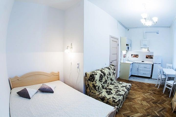 Апартаменти на вул. Дорошенка 12