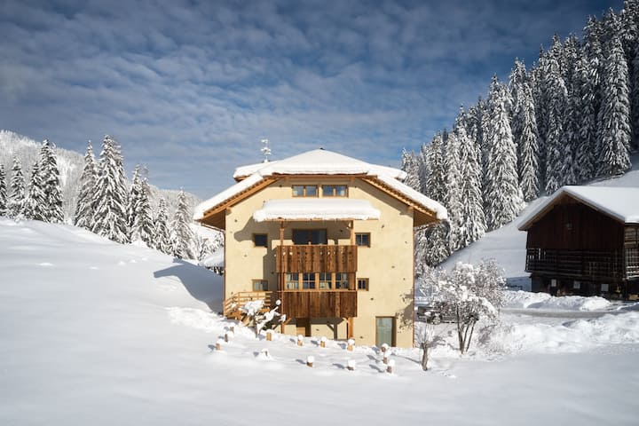 Chalet Sotciastel der älteste Hof in Alta Badia