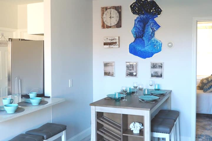 Rockaway Beach House Surfers' Vacation Getaway NYC