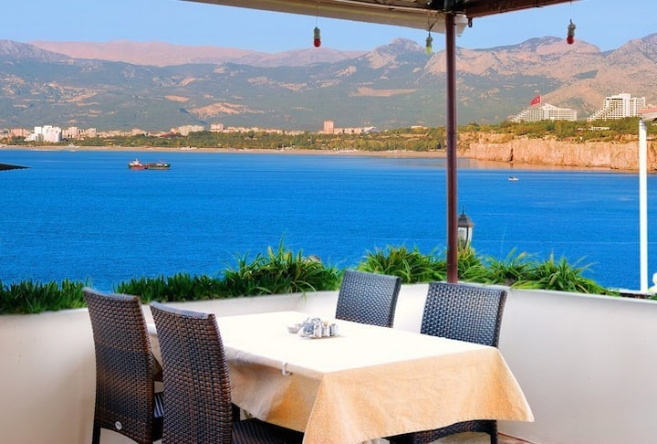 luxury hotel  room and breakfast with sea view