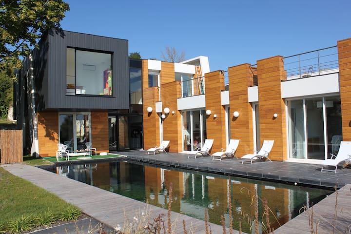 [Rare] Maison d'architecte contemporaine & piscine