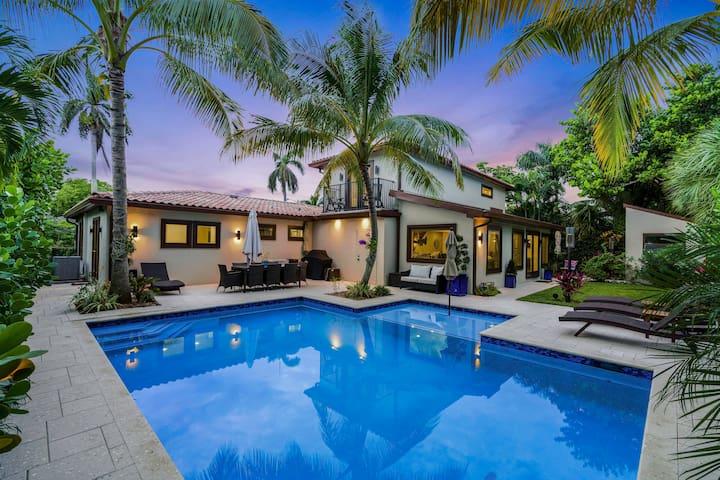 Luxury Resort Style Home on S. Flagler