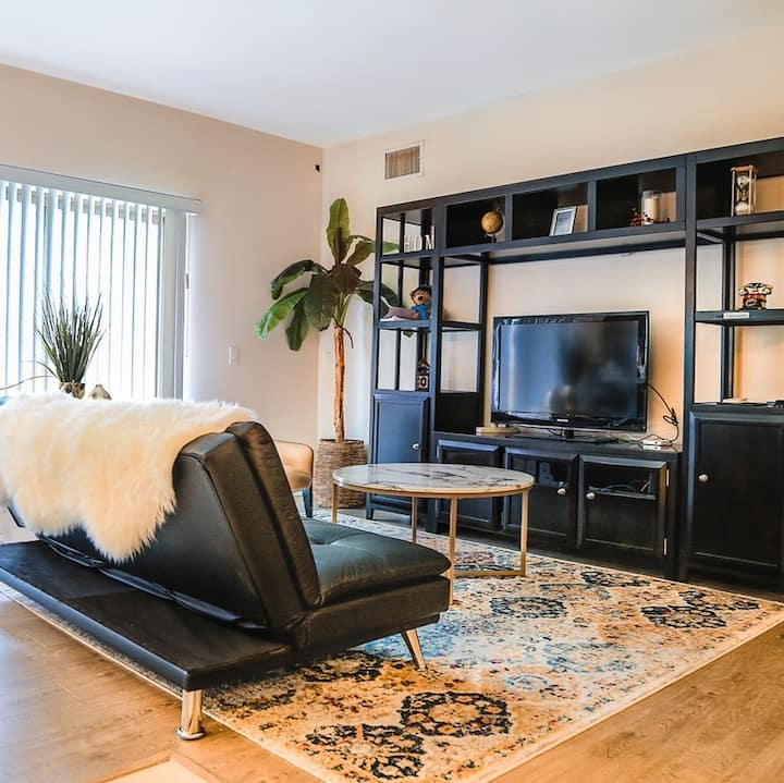 Hotel-style apartment in Time Square Monterey Park
