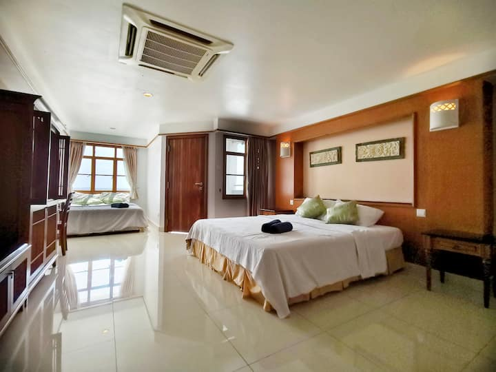 Lexis Port Dickson - Direct Seaview (Up to 6 Pax)