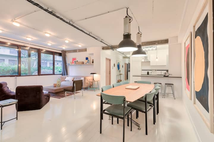 Artist & Design Loft - 5min. walk from metro