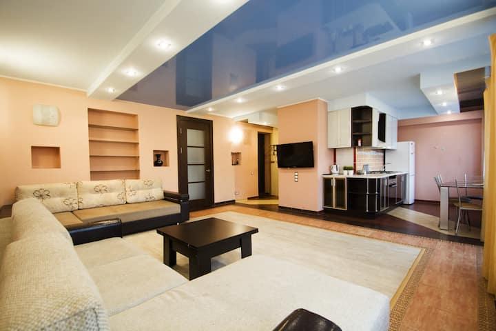 ★★★★★ - 2комн. апартаменты категории Бизнес в центре Минска