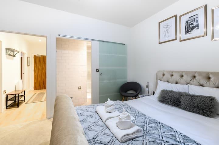 Modern Clean Apartment near Northern Quarter MCR