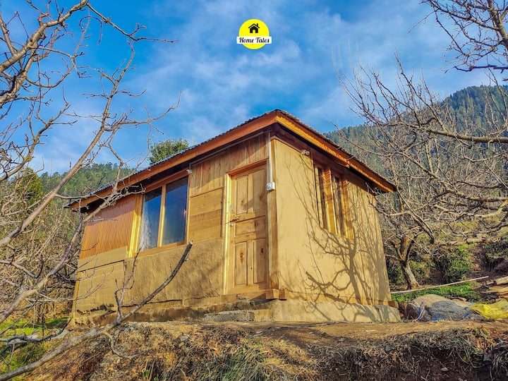 Home Tales Hut in Apple orchard, Sainj Valley
