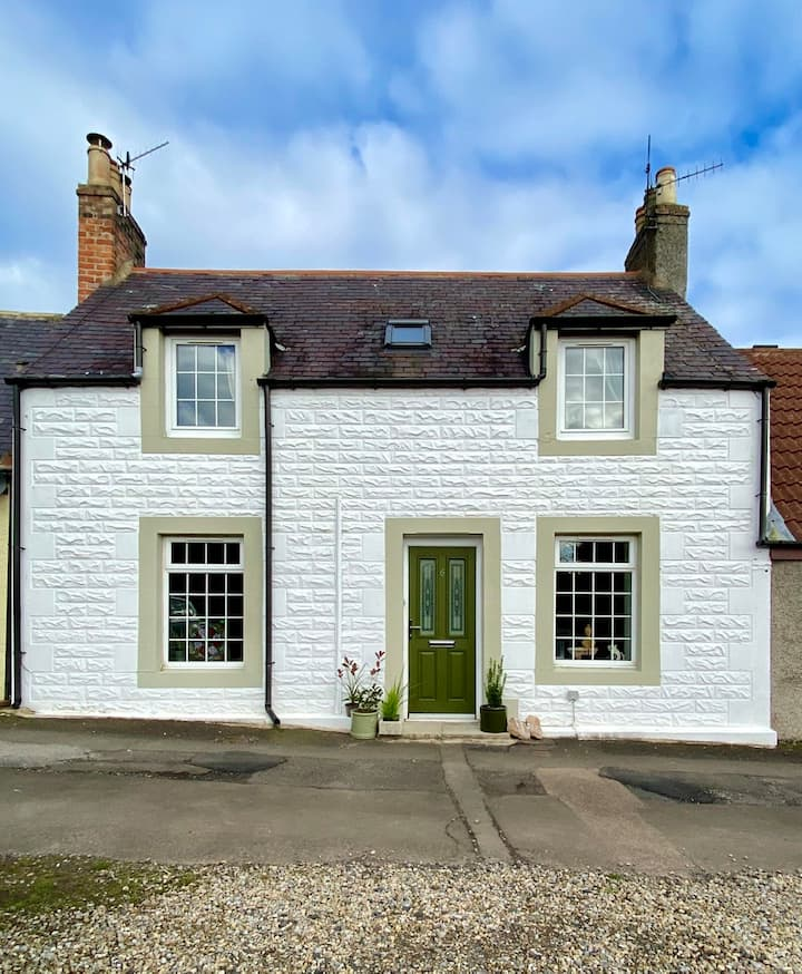 Newly refurbed entire stunning cottage Coldingham
