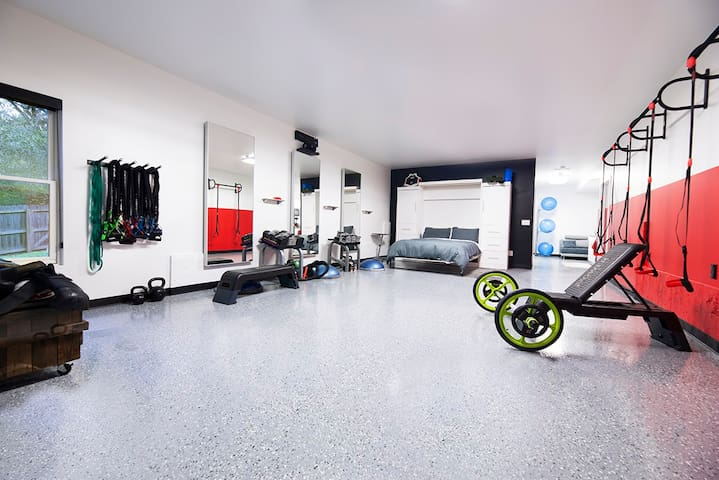 Unique fitness stay.
