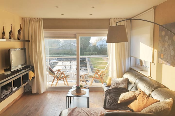 Cosy Relax Appartment in De Haan  (private domain)