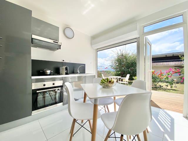 Appartement avec vue, au sommet de Rémire-Montjoly