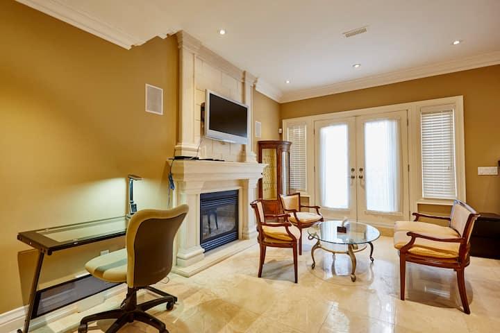 Elegant  Apartment with sauna 25 B