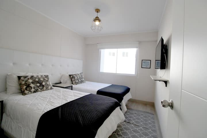 Trendy Barranco new Apartment with AC