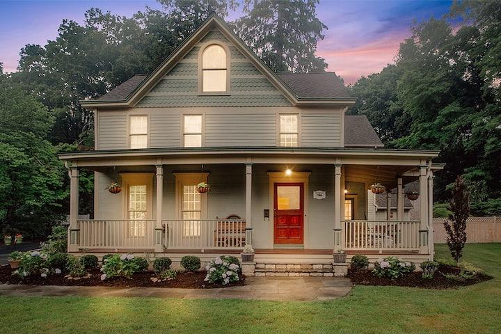 Historical Bennett House - Westport CT