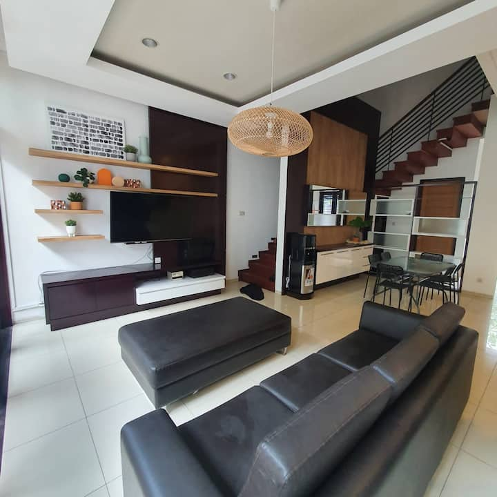 Cottonwood Stay Villa @Sutami 8 persons