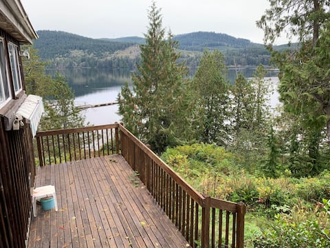 Waterfront acreage with multiple cottages