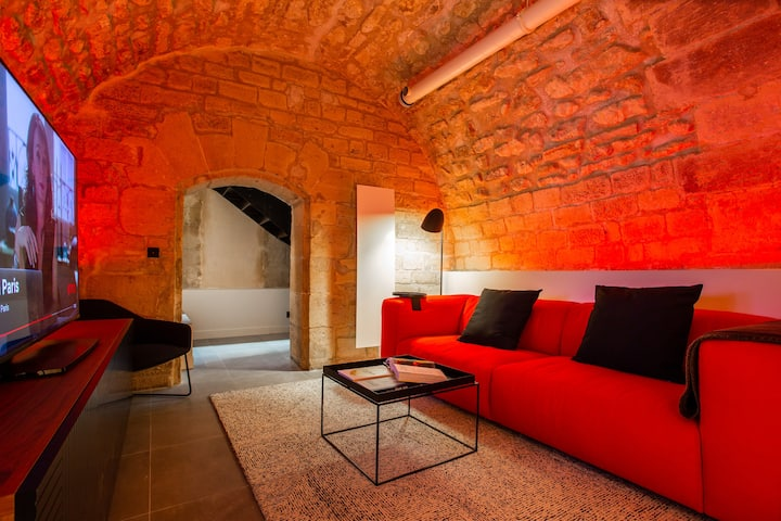 Design 1BR/4P with SAUNA Place des Vosges