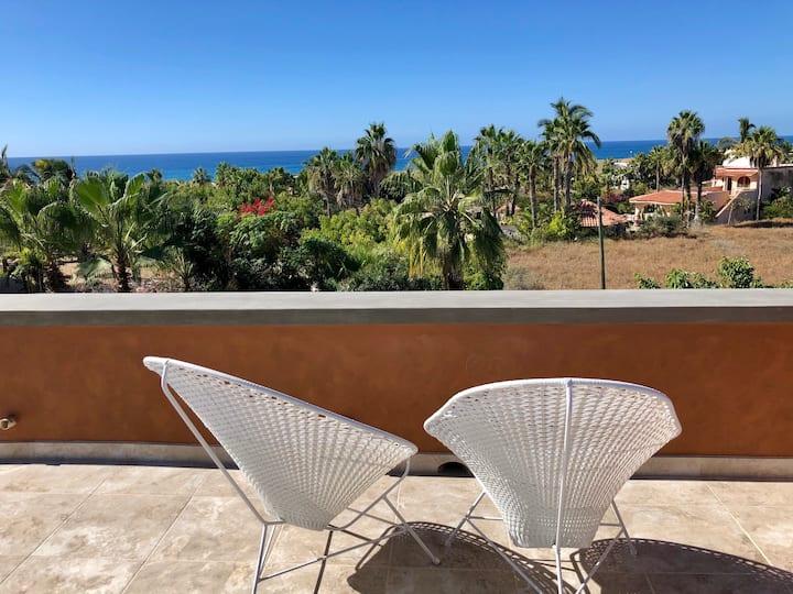 Casa Encantada - Beautiful New Home Near the Beach
