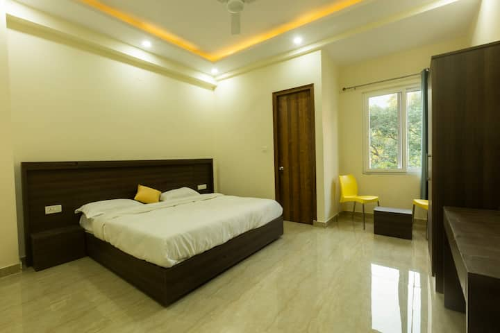 Accommodation for five in rishikesh