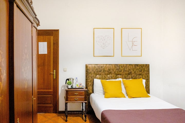 Classico Guesthouse Room 6