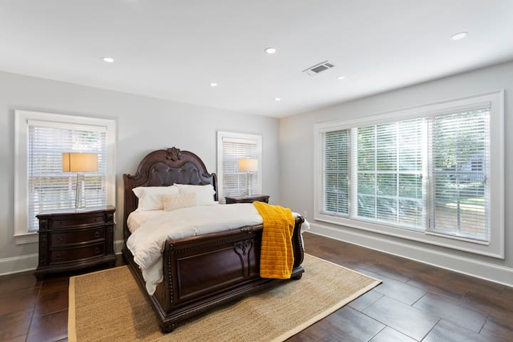 This is another Queen bedroom.  It's in the basement and has direct access to the backyard and to the few steps leading to the back covered porch