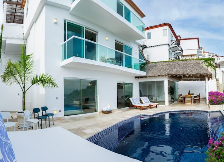 villa hermosa con espectacular vista al mar