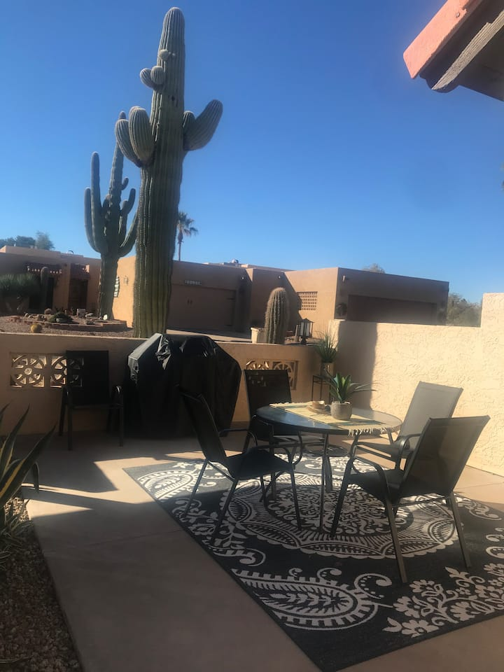 Beautiful relaxing townhouse in sunny AZ