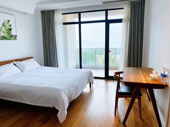 嵊泗慢悠悠海景度假酒店-大床房1
