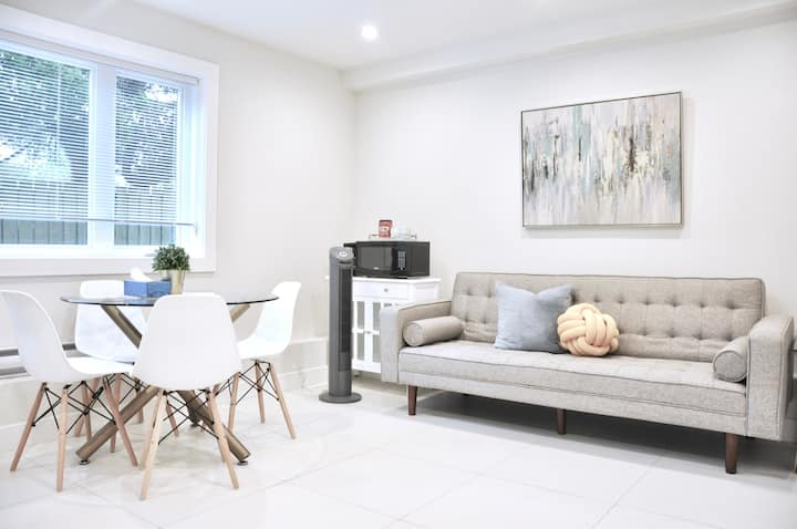 New 2Rooms Laneway house @Close to Airport/UBC/DT