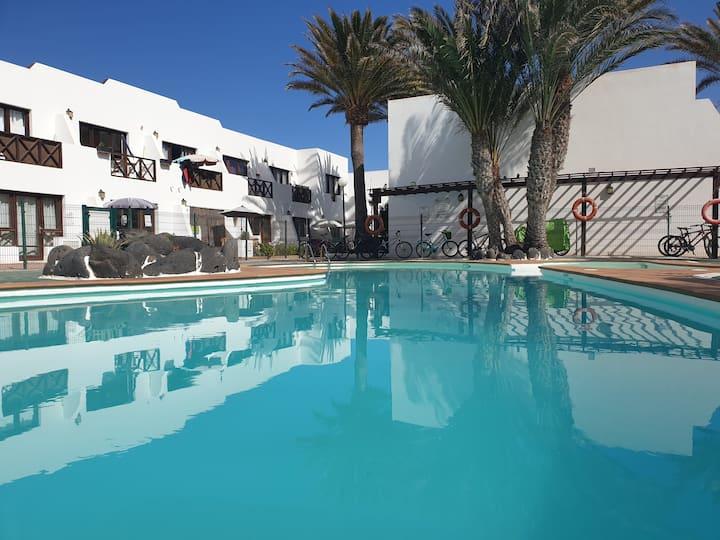 Ineika apt53, apartment&pool, Corralejo