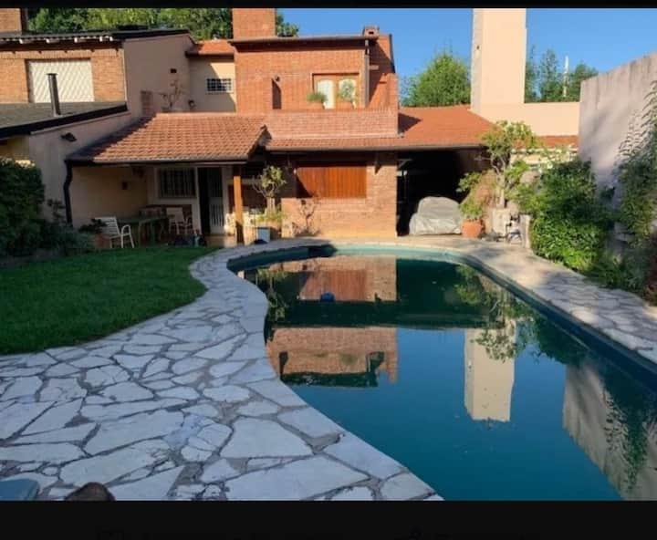 Cómoda casa en Olivos!!! No te la pierdas!!!