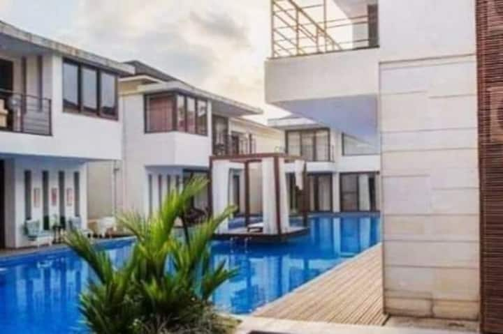 Balinese styled | 3 Bedroom Villa | Shared Pool