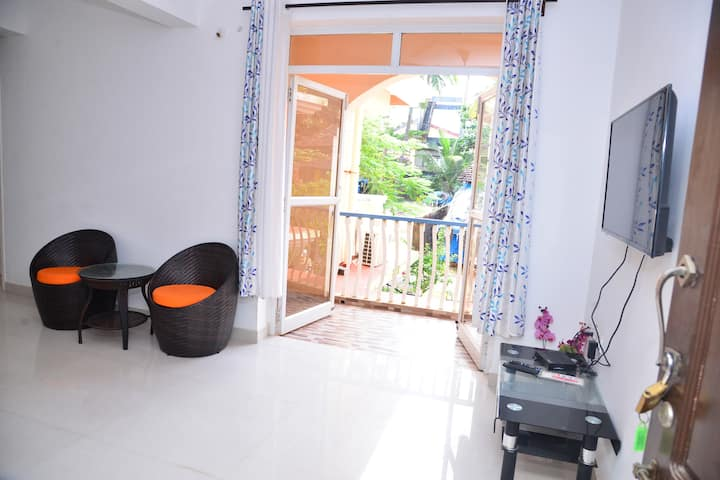 Modern Elegant Apartment