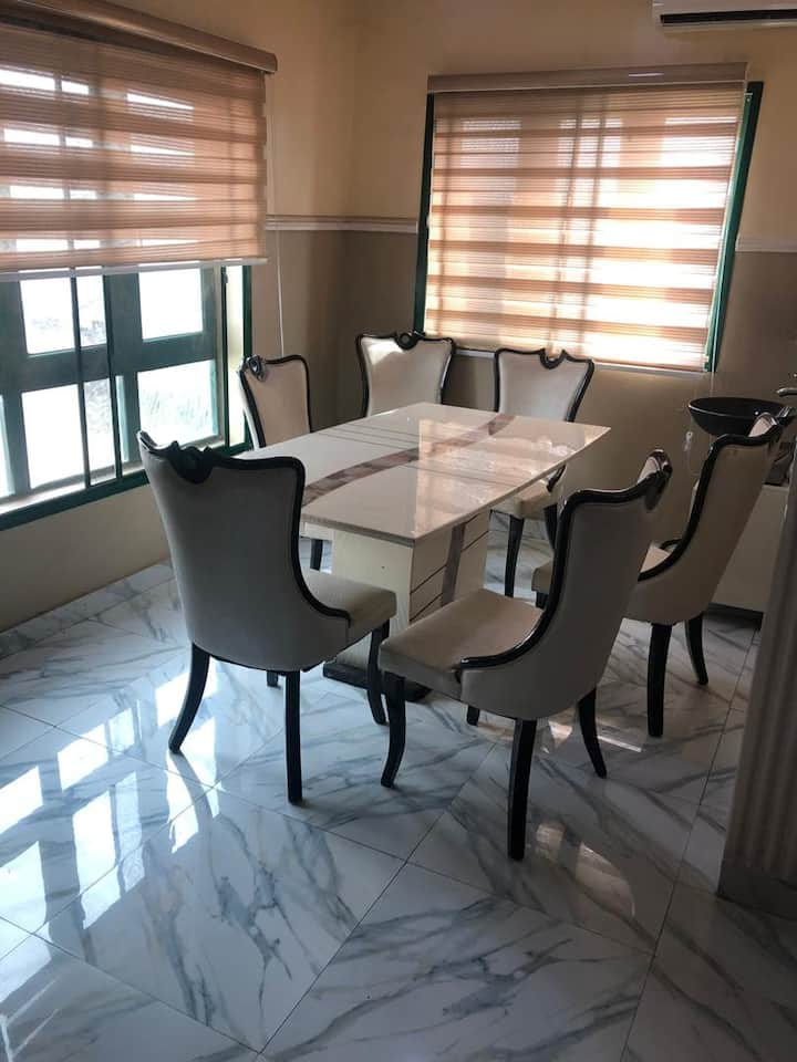 Hajj Solid fully furnished 2-bed apartment, Ota