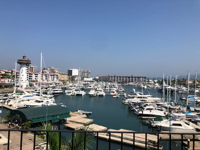 Exceptional Marina Vallarta View Apartment