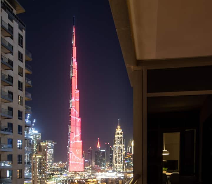 Modern & Minimal 1BR Burj Khalifa & Fountain Views