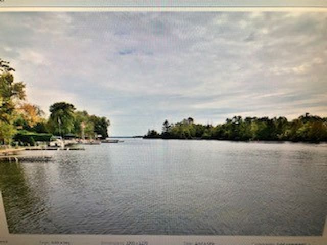 Bobcaygeon Waterfront walk to town