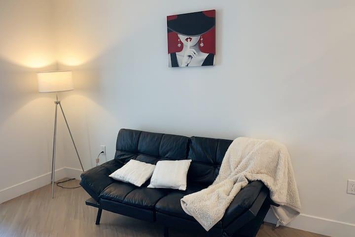 Luxury Apartment w/ Amenities in Sunnyvale