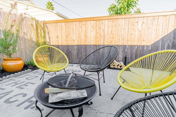 Live like a local - Studio with huge backyard